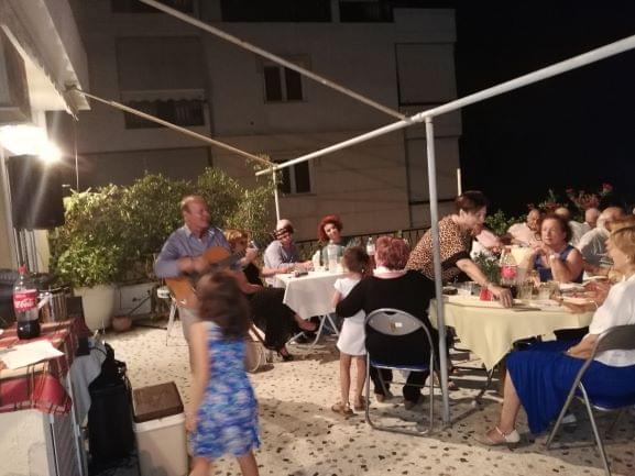 Eκδήλωση 2019: μακαρονάδα στη βεράντα της κα Αλίκης